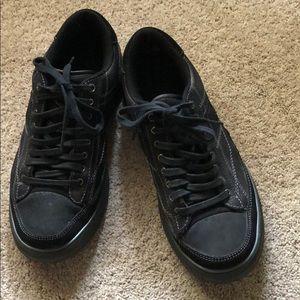 Men's Black Skechers size 9.5